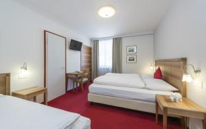 Hotel Elefant, Szállodák  Ora/Auer - big - 21