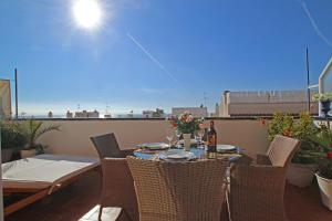 Friendly Rentals Sunset Apartment, Apartmanok  Sitges - big - 6