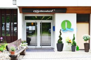 Hotel Quellenhof Garni mit Thermalbad