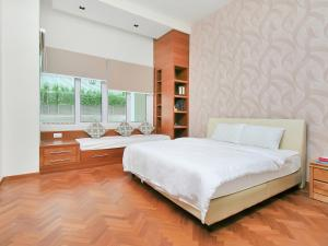 Home-Suites in Straits Quay, Penang, Апартаменты  Танджунг-Бунга - big - 79
