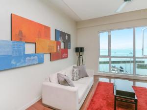 Home-Suites in Straits Quay, Penang, Апартаменты  Танджунг-Бунга - big - 62