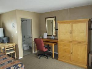 Bulkley Valley Motel, Motels  New Hazelton - big - 18