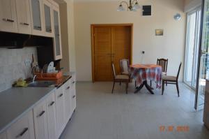 Apartments Ekatarina, Ferienwohnungen  Tivat - big - 32