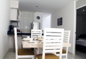 Cantabria House Suites, Апарт-отели  Агуаскальентес - big - 20