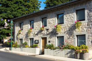 André et Viviane Chatelard - Chambres d'hôtes, Penziony  Saint-Bonnet-le-Froid - big - 25