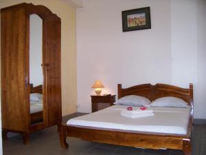 Hotel Le Nathania, Hotely  Saint-Pierre - big - 4