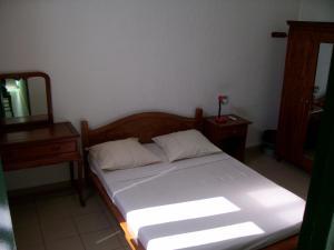 Hotel Le Nathania, Hotely  Saint-Pierre - big - 3