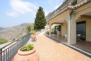 Taormina Design Apartment, Ferienwohnungen  Taormina - big - 10
