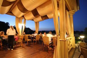 Hotel Clasic, Hotels  Sebeş - big - 19