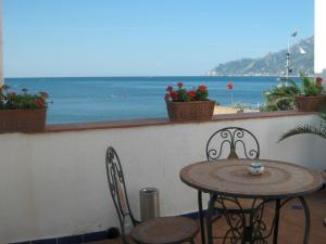 14 Leoni, Bed & Breakfasts  Salerno - big - 52