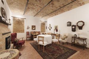 Agriturismo Albarossa, Vidiecke domy  Nizza Monferrato - big - 40