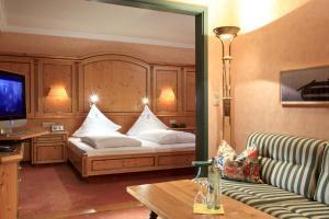 Garden-Hotel Reinhart, Hotely  Prien am Chiemsee - big - 12