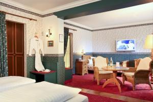 Garden-Hotel Reinhart, Hotely  Prien am Chiemsee - big - 13