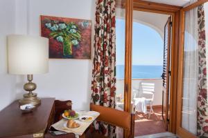 Grand Hotel De Rose, Hotels  Scalea - big - 22