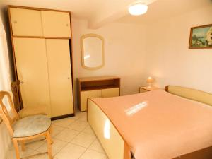 Apartments Tona, Apartmány  Novalja - big - 70