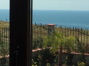Villa Bellerose, Case vacanze  Bozhurets - big - 26