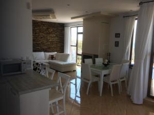 Villa Bellerose, Case vacanze  Bozhurets - big - 31