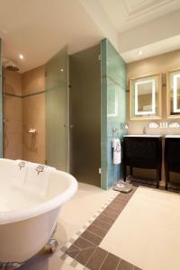 Majestic Hotel Spa, Szállodák  Párizs - big - 11