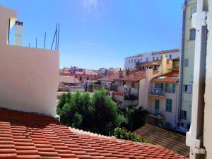 Meynadier 15, Apartments  Cannes - big - 3