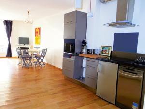 Meynadier 15, Apartments  Cannes - big - 1