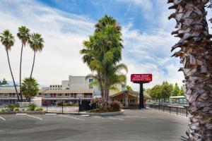 Motel 6 San Jose Airport Central