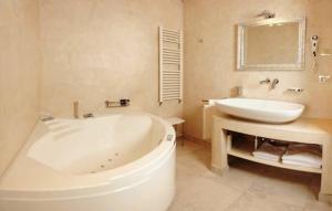 Al Mirador Resort, Hotel  Selva di Fasano - big - 46