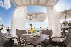 Grand Hotel De Rose, Hotels  Scalea - big - 48
