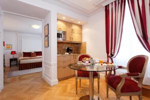 Majestic Hotel Spa, Szállodák  Párizs - big - 33