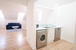 Loving Chiado, Appartamenti  Lisbona - big - 34
