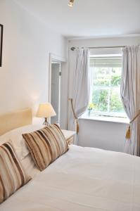 The Fernery B&B, Bed & Breakfasts  Lynton - big - 5