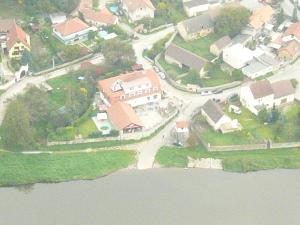 Hotel U Berounky, Отели  Srbsko - big - 21