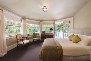 ThistleDown House, Bed & Breakfast  North Vancouver - big - 5