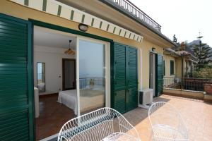 Taormina Design Apartment, Apartments  Taormina - big - 15