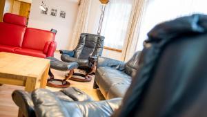 Haus Alpenglück, Apartmanok  Saas-Fee - big - 14