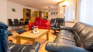 Haus Alpenglück, Apartmanok  Saas-Fee - big - 12