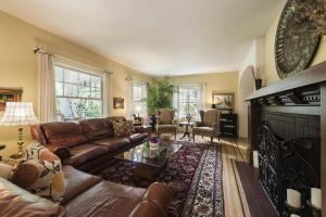 ThistleDown House, Bed & Breakfast  North Vancouver - big - 20