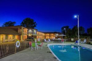 Hospitality Inn of Niagara Falls
