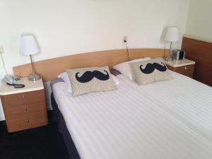 Hotel Restaurant Rodenbach, Hotely  Enschede - big - 4