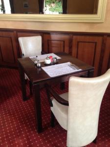 Hotel Restaurant Rodenbach, Hotely  Enschede - big - 18