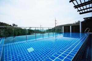 Bliss In Phuket, Apartments  Patong Beach - big - 4