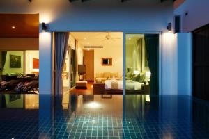 Bliss In Phuket, Apartments  Patong Beach - big - 2