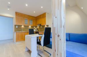 Dom & House - Apartamenty Monte Cassino, Apartmány  Sopoty - big - 84