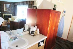 Arbors at Island Landing Hotel & Suites, Hotel  Pigeon Forge - big - 40
