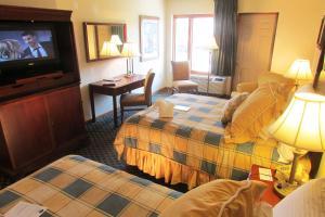 Arbors at Island Landing Hotel & Suites, Hotel  Pigeon Forge - big - 17