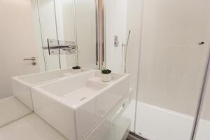 Loving Chiado, Appartamenti  Lisbona - big - 40