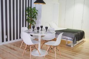 Loving Chiado, Appartamenti  Lisbona - big - 56
