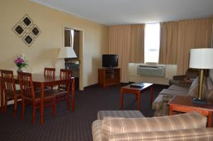 Clarion Hotel Sudbury, Отели  Садбери - big - 27