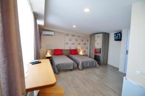 Hotel Tbilisi Apart, Aparthotels  Tbilisi City - big - 27