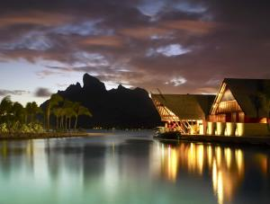 Four Seasons Resort Bora Bora, Resort  Bora Bora - big - 22