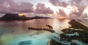 Four Seasons Resort Bora Bora, Resort  Bora Bora - big - 43